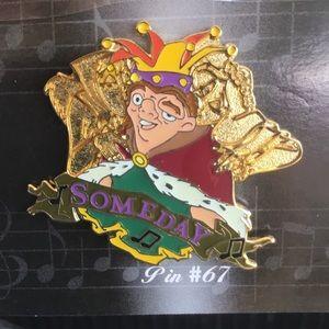 Disney hunchback of Notre Dame pin